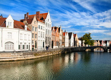BEL1053AW Traditional architecture in Bruges, Belgium