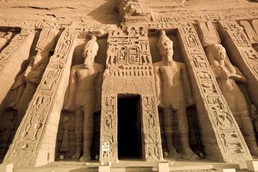 EG02674 Egypt, Abu Simbel, Temple of Nefertari and Hathor