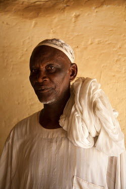 SUD1174 Sudan, Khartoum. A local Khartoum resident.