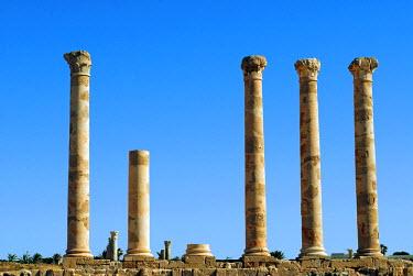 LIB1250 Libya, Sabratha. Columns.