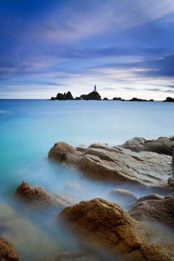 UK05062 Corbiere Lighthouse, Jersey, Channel Islands, UK