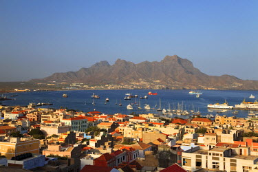 CV01036 Cape Verde, Sao Vicente, Mindelo, View of old town and Harbour