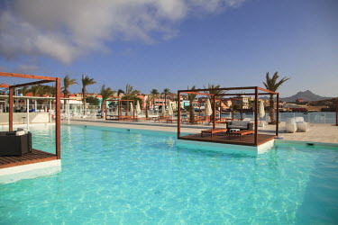 CV01027 Cape Verde, Sao Vicente, Mindelo,Ponta de Agua shopping complex