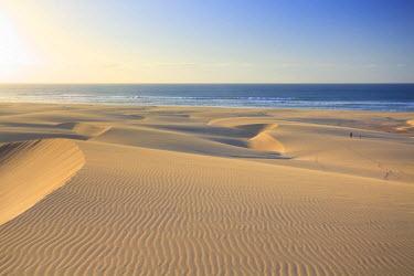 CV01110 Cape Verde, Boavista, Chaves Beach (Praia de Chaves), sand dunes