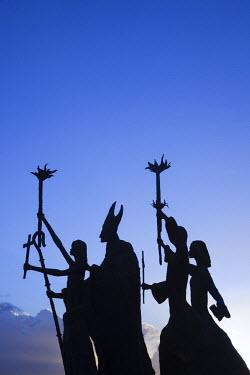 PR01093 Puerto Rico, San Juan, Old San Juan, Plazuela de la Rogativa, sculpture of the bishop of San Juan and three women