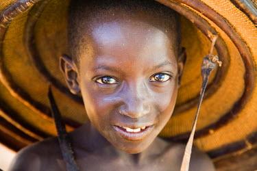 AF26_PLA0561 Mali, Youga. Fulani boy