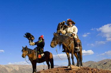 AS25_AWR0154 Kazakh men at Altai Eagle Festival (MR)