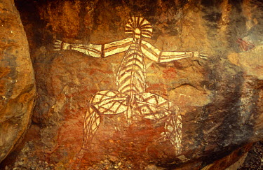 AUS1228 Australia, Northern Territory, Kakadu NP. The Anbangbang Shelter at Nourlangie Rock, a fearsome spirit painted by Nayombolmi.