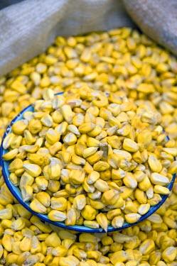 SA07_CMI0257 Ecuador. Famous Otavalo Market which dates back to pre-Inca times. Local corn for sale.