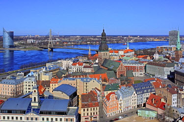 LV01068 View of city from St. Peter's Church, Riga, Latvia