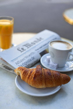 FR01640 Croissant and coffee in a cafe, Paris, France