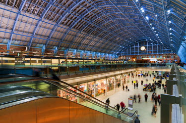 UK10196 UK, England, London, St. Pancras Station