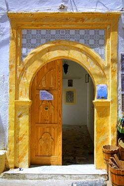LIB1455 Tripoli, Libya; The door to the Gurgi Mosque just behind the Aurelian Arch
