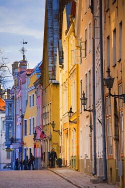 ET01085 Estonia, Tallinn, building detail, Pikk Street