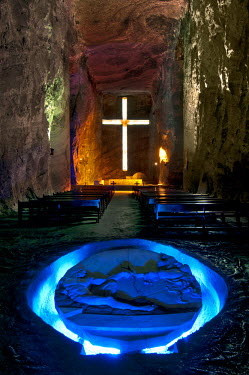 CMB01505 Colombia, Zipaquira, Cudinamarca Province, Salt Cathedral, Main Altar With Cross, The Creation Of Man Sculpture, Salt Mine