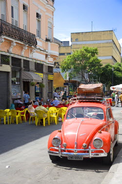 BZ01221 Saturday street life,  Lapa district, Rio de Janeiro, Brazil