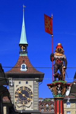 CH03442 Switzerland, Bern, old Town (UNESCO World Heritage Site), Zytglogge (Clock Tower)