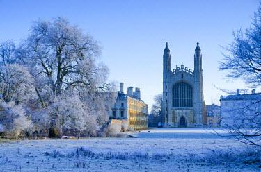 UK07029 UK, England, Cambridgeshire, Cambridge, The Backs, King's College Chapel in winter