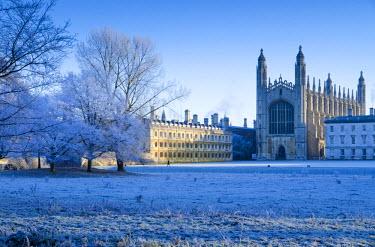 UK07025 UK, England, Cambridgeshire, Cambridge, The Backs, King's College Chapel in winter