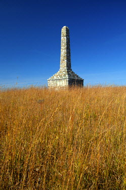 US50032 USA, Kansas, Morris County, Council Grove, Flint Hills, Monument To The Unknown Kanza Warrior, Built In 1925