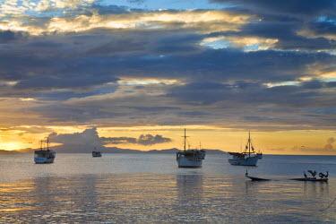 VN01298 Venezuela, Nueva Esparta, Isla De Margarita - Margarita Island, Juangriego, Sunset over Juangreigo harbour