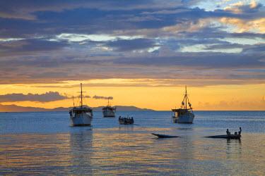 VN01299 Venezuela, Nueva Esparta, Isla De Margarita - Margarita Island, Juangriego, Sunset over Juangreigo harbour