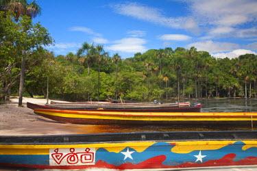 VN01274 Venezuela, Guayana, Canaima National Park, Canaima Lagoon