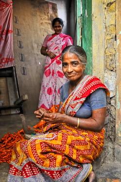 IND6263AW Women of Kolkata (Calcutta), India