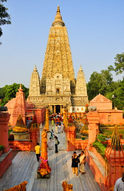 IND6275AW The buddhist Mahabodhi Temple, a UNESCO World Heritage Site, in Bodhgaya, India
