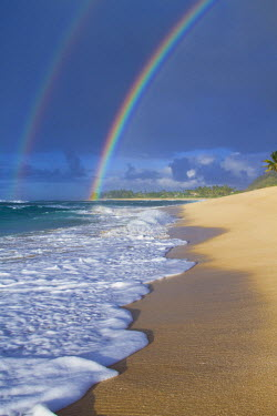 AR3986000035 north shore, Oahu, Hawaii, USA. An amazing double rainbow over Rocky Point, on the north shore of Oahu, Hawaii.