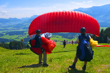 GER0400AW Paragliding, Bolsterlang, Allgaeu, Bavaria, Germany