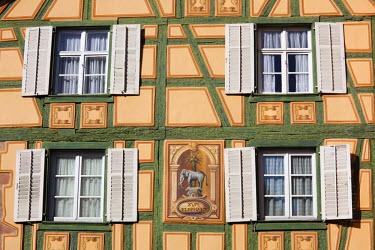 FR01886 France, Haut-Rhin, Alsace Region, Alasatian Wine Route, Ribeauville, building detail
