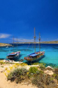 MLT0106AW Blue Lagoon, Comino Island, Malta