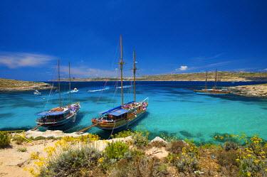 MLT0125AW Blue Lagoon, Comino Island, Malta