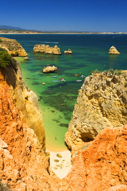 POR0808AW Praia Dona Ana, Algarve, Portugal