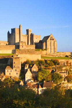 FR06350 France, Aquitaine Region, Dordogne Department, Beynac-et-Cazenac, Chateau de Beynac
