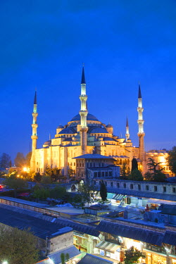 TK01383 Blue Mosque (Sultan Ahmet Camii), Sultanahmet, Istanbul, Turkey