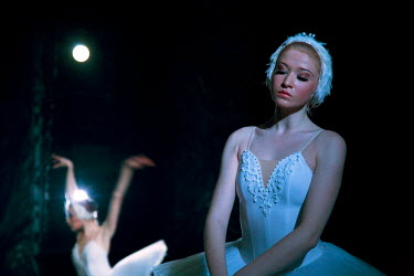RUS1696 St.Petersburg, Russia; Ballet dancers onstage during the performance of Tchaikovsky's ballet 'Swan Lake'