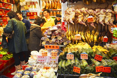 CH9534AW People shopping for dried meat, Causeway Bay, Hong Kong, China