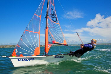 ENG10016AW Dorset, England. Members of the GBR 29ers sailing team, Ruth and Tess Allan in action at the Weymouth and Portland National Sailing Academy.