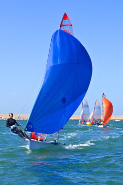 ENG10032AW Dorset, England. Members of the GBR 29ers sailing team and olympic hopefuls Henry Lloyd-Williams and Sam Batten in action at the Weymouth and Portland National Sailing Academy.