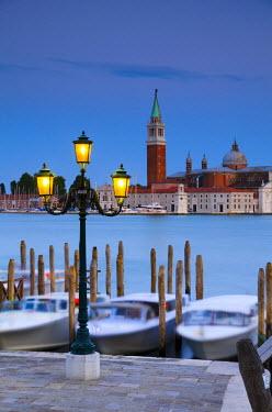 IT02530 Italy, Veneto, Venice, San Giorgio Maggiore Church across Basino di San Marco, Water Taxis