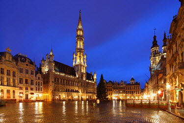 BEL1148 The Town Hall (French: H�tel de Ville), of the City of Brussels is a Gothic building from the Middle Ages. It is located on the famous Grand Place in Brussels, Belgium.