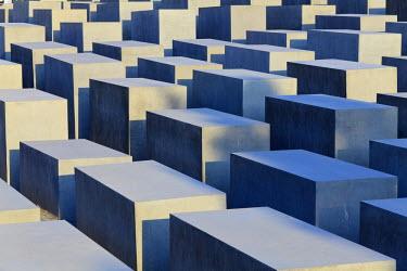 DE01396 Germany, Berlin, Mitte, Holocaust Memorial (Denkmal fur die ermordeten Juden Europas)