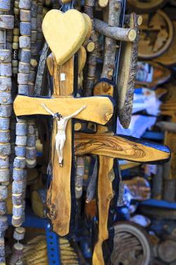LB02069 Lebanon, Kadisha Valley, Bcharre, Cedar wood Souvenir