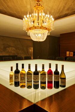 POR6469AW Wine tasting at Vale d'Algares cellars. Ribatejo, Portugal