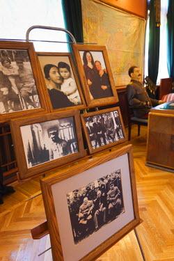 RU06019 Russia, Black Sea Coast, Sochi, Stalin Dacha, summer house of Soviet Dictator Joseph Stalin on the gounds of the Zelenaya Roscha sanitorium, family photos
