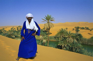 LIB1465AW Oasis Um El Ma, Lake Mandara, Sahara Desert,  Libya