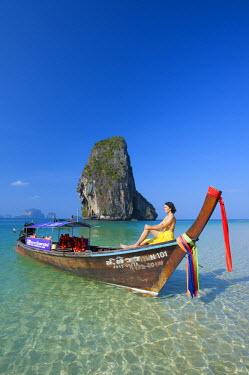 THA0319AW Longtailboot at Laem Phra Nang Beach, Krabi, Thailand