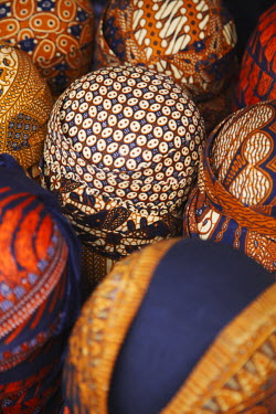 IDA0268AW Traditional batik hats at market, Solo, Java, Indonesia